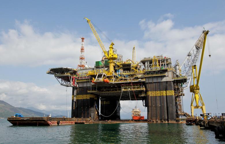 Crise entre EUA e Irã pode afetar o Brasil por conta da alta do petróleo e derivados
