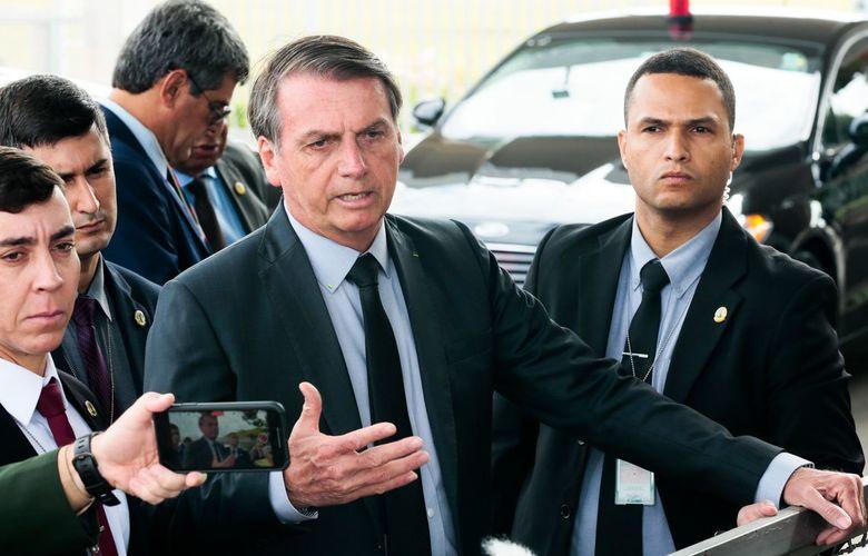 Bolsonaro diz que vai zerar tributos federais sobre combustíveis se governadores zerarem o ICMS
