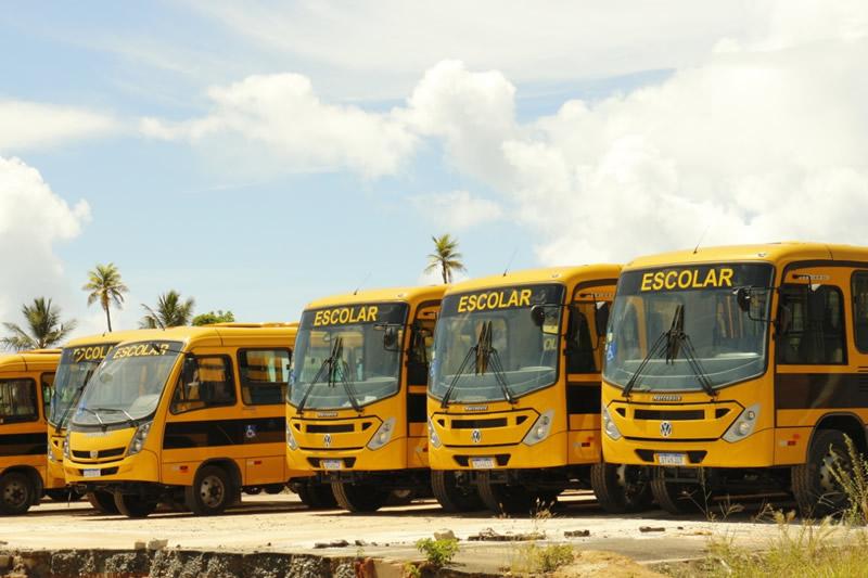 Além de São Gonçalo mais 34 municípios receberam veículos para a saúde e educação