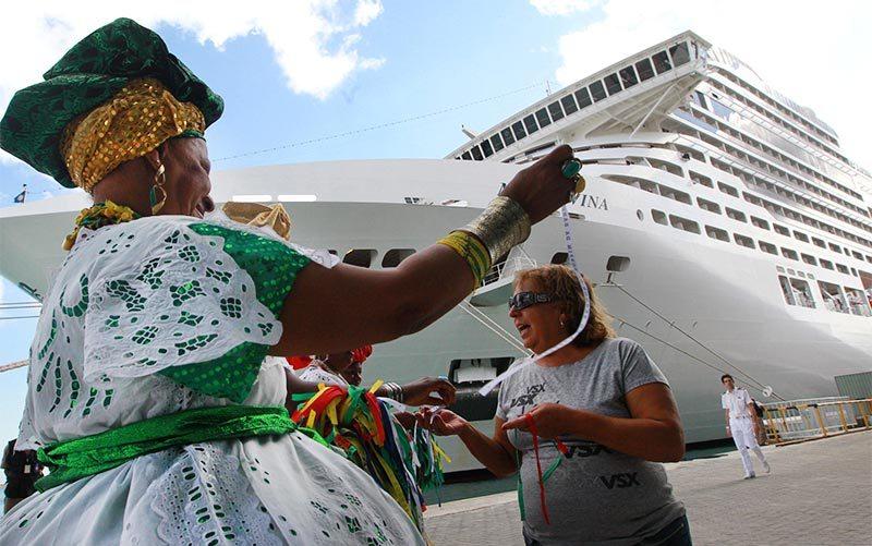Cruzeiros trazem cerca de 17 mil turistas para o Carnaval de Salvador