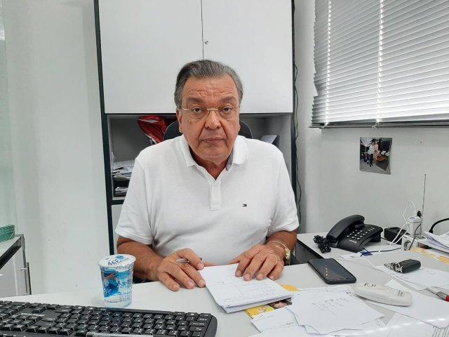 Targino Machado rechaça ida para partido da base do governo: 'Fere de morte a história de coerência que construí'