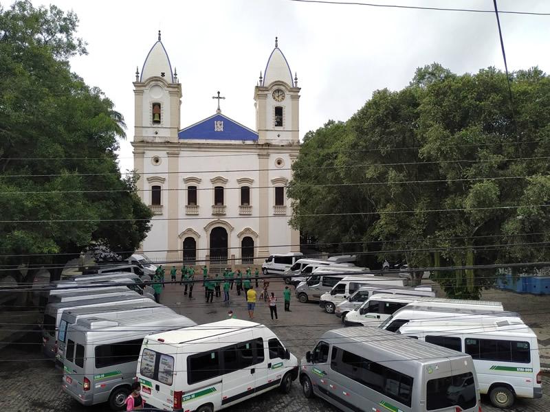 SINDKOSAN realiza protesto em frente a Igreja Matriz em São Gonçalo dos Campos