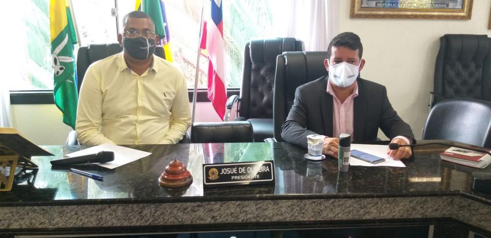 Prefeito Carlos Germano promove reunião para definir novas medidas de combate ao Coronavírus