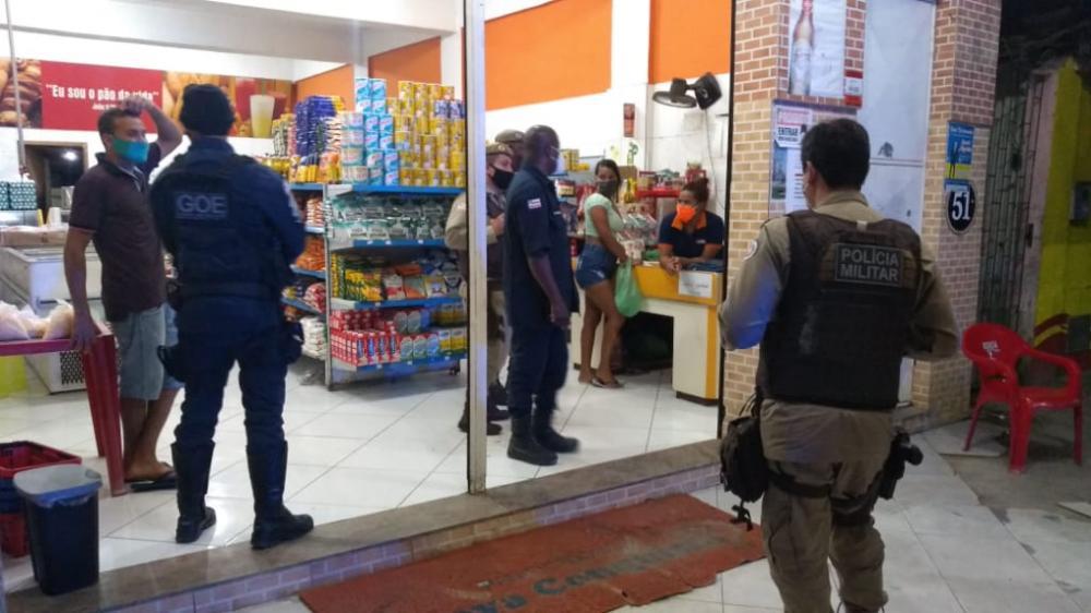 Guarda Municipal e Polícia Militar fecham estabelecimentos em operação toque de recolher