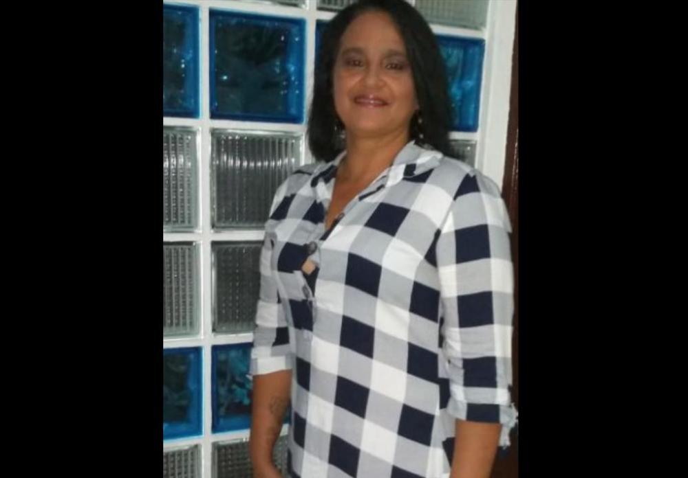 Técnica de enfermagem morre em acidente entre moto e caçamba na Avenida João Durval