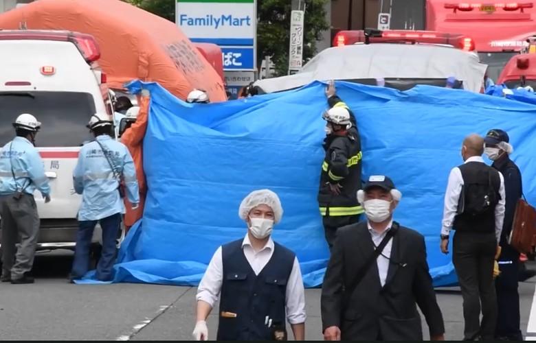 Ataque suicida mata uma criança e fere mais 16 a facadas no Japão