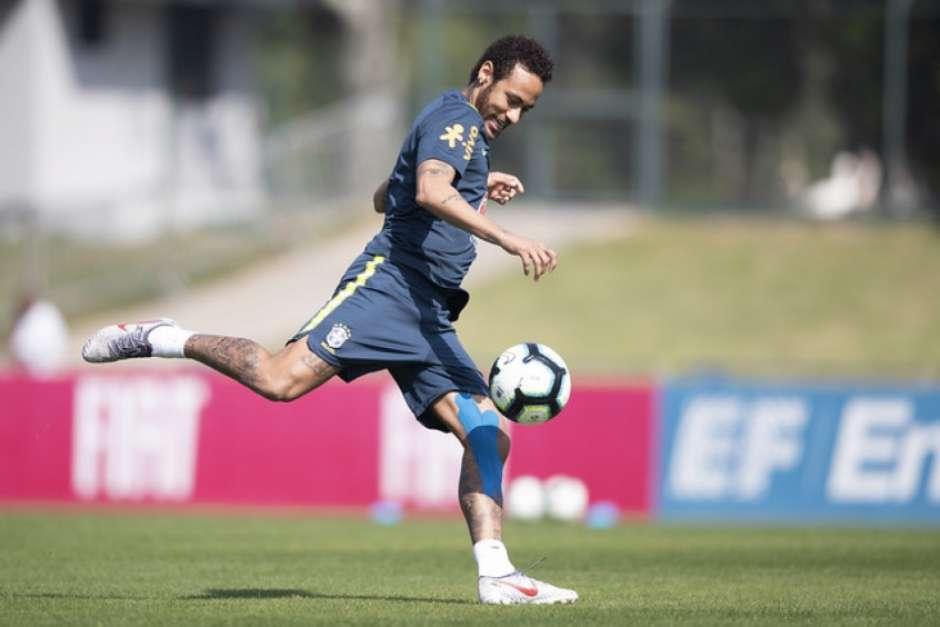 Neymar durante um treinamento da Seleção Brasileira na Granja Comary (Lucas Figueiredo/CBF) Foto: LANCE!