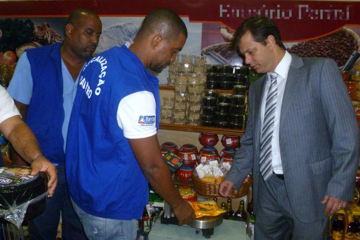 Operação do Ibametro fiscaliza produtos juninos