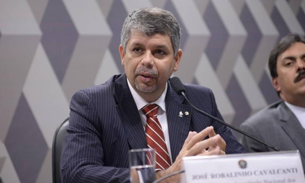 Procurador regional José Robalinho, que ontem trocou mensagens com hacker que disse ser o responsável por atacar a Lava Jato Foto: Jefferson Rudy / Agência Senado
