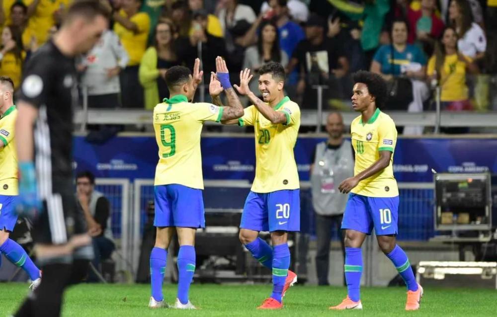 Jesus ofusca Messi no Mineirão e Brasil vai à final da Copa América