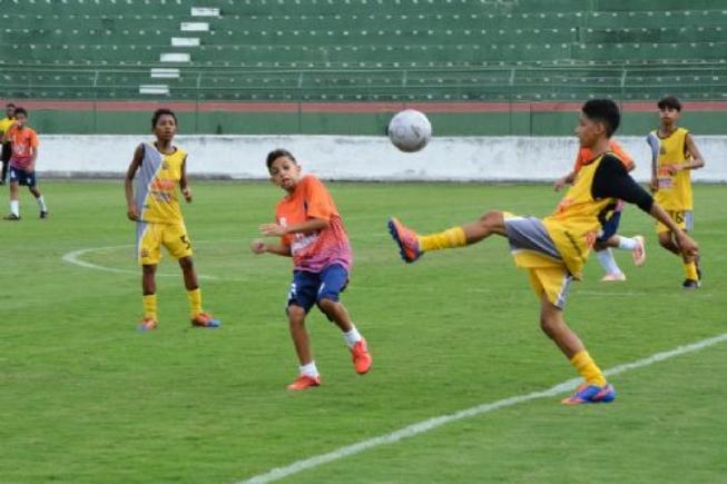 Super Copa de Futebol de Base começa nesta sexta