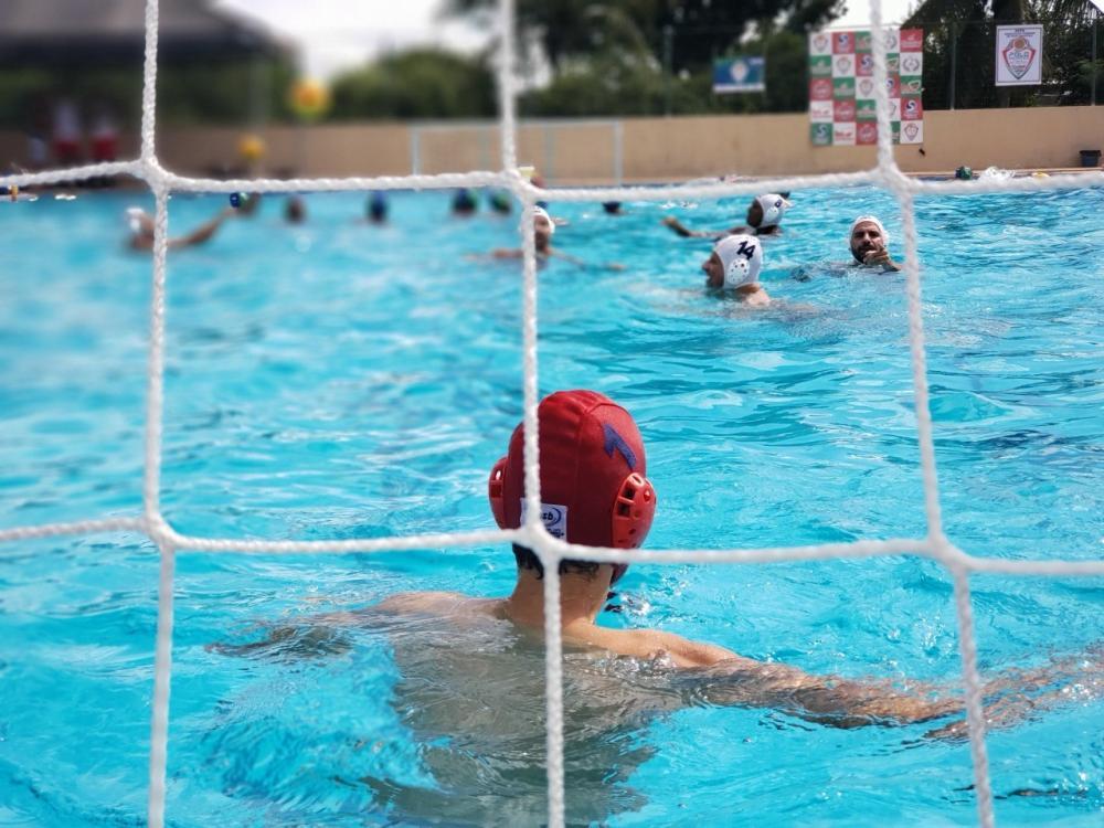 Equipe feirense vence Campeonato de Pólo Aquático