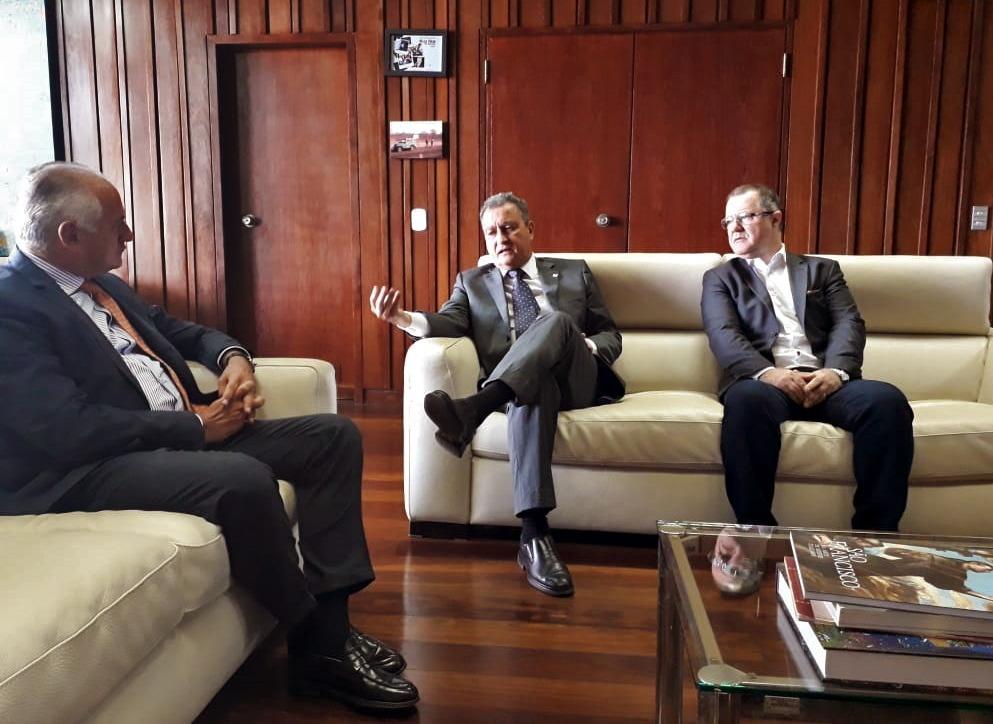 Reunião com o embaixador da Itália, Antonio Bernardini