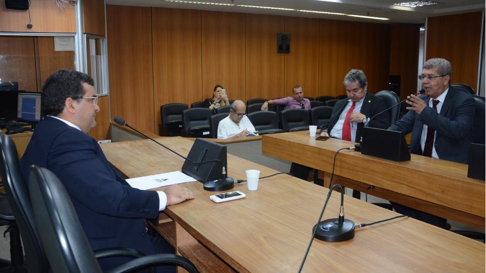 Anúncio de licitação de ponte repercute na ALBA