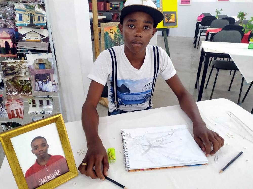 São Gonçalo ganha mais um jovem artista plástico de muito talento