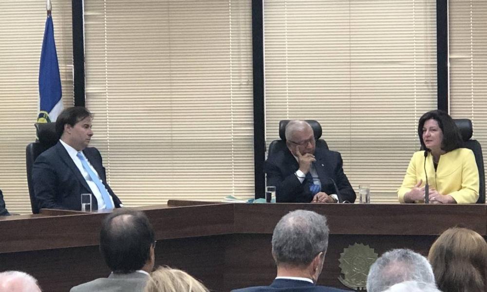 PGR interino anuncia retorno de procuradores da Lava-Jato que pediram demissão coletiva