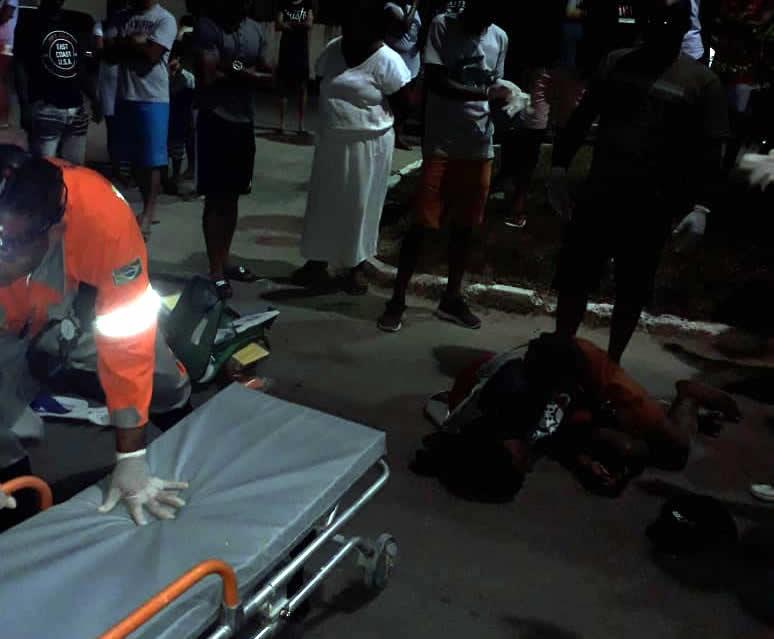Vítimas de acidente de moto no sábado (12) em São Gonçalo continuam internados