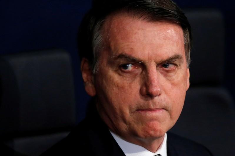 Bolsonaro nega contato com acusado pela morte de Marielle e se coloca à disposição de delegado