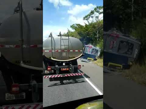 Acidente na BR-101 trecho de São Gonçalo dos Campos (BA)